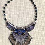 ビーズ刺繍ネックレス